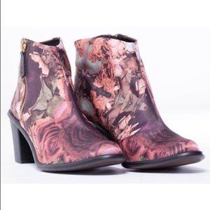 Miista Shoes - Miista floral boots