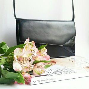 Gucci || Vintage Snake and Leather Shoulder Bag