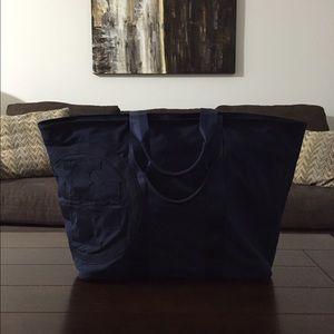 Tory Burch Weekender bag
