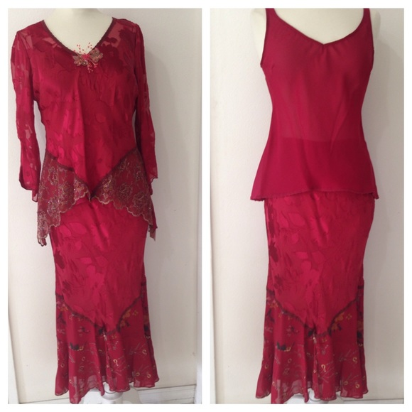 50b9703d5be Spencer Alexis 6 3-piece skirt set NWT ruby red
