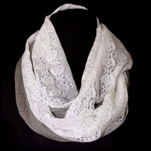 B96 Dual Side Lace Gray Brown Infinity Scarf