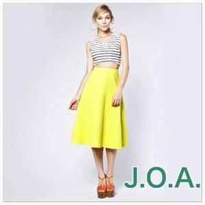 New J.O.A. Vibrant Yellow High Waist Woven Skirt