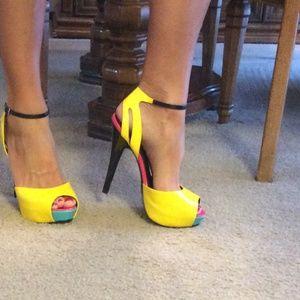 8b14f94e7c535e Victoria s Secret Shoes - Colin stuart victoria secret heels ...