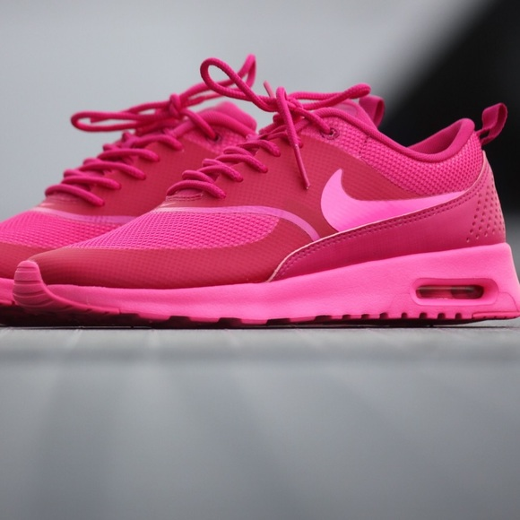 Nike Air Max Thea Hot Pink