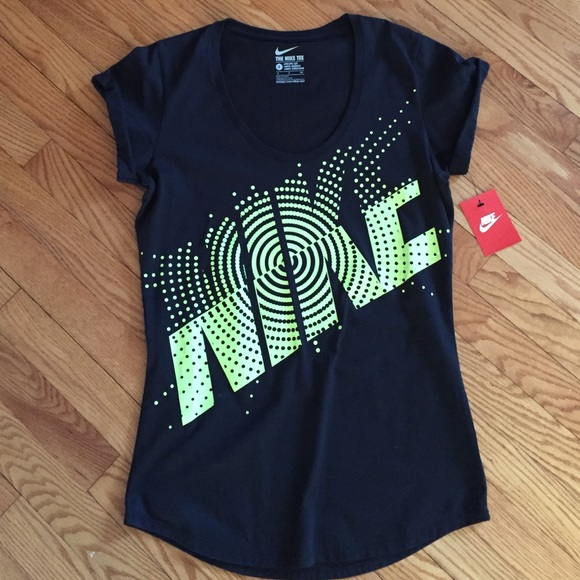 63 off nike tops final salenew with tag athletic cut for Do gucci shirts run small