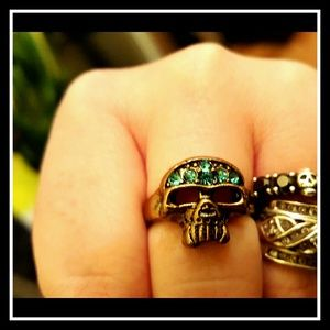 SKULL RING Turquoise Crystals 
