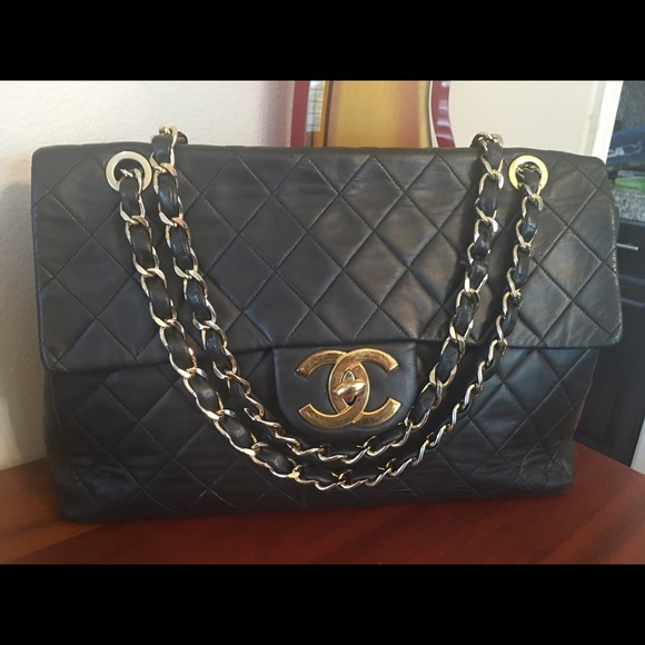 1129296723a8e3 CHANEL Handbags - Authentic Chanel Vintage Black Maxi Flap