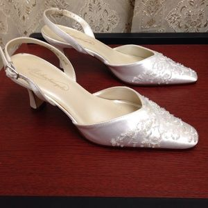 White wedding gorgeous shoes. Worn once. No box