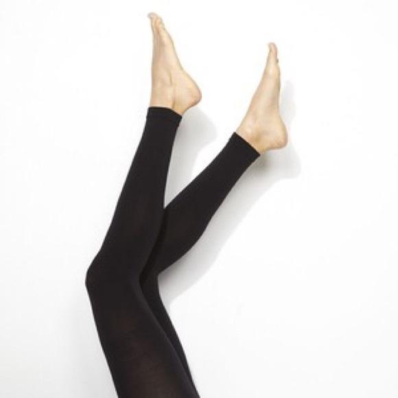 5cf9563dc7db7 Simply Vera Vera Wang Accessories | Hp 53016 Vera Wang Footless ...