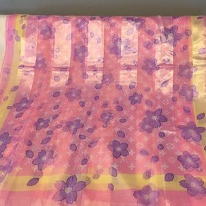No tag Accessories - Beautiful Large Pink Scarf 72x26
