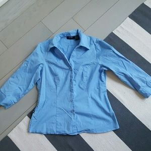 allison morgan Tops - Allison morgan medium blue stretch button down