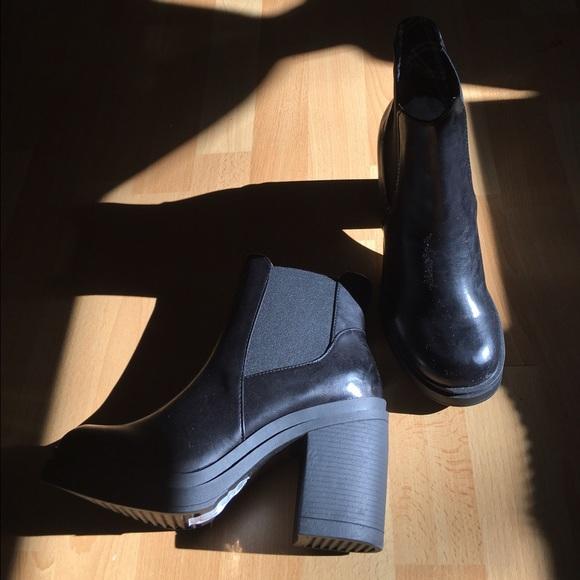 Black Chunky Heeled Boots   Poshmark