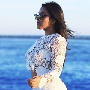 Style Link Miami Tops - ▫️LAST 1▫️IVORY FLORAL CROCHET TOP
