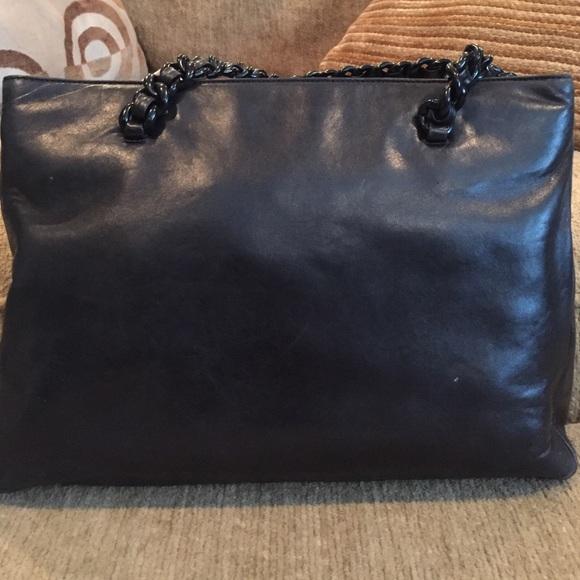 prada knock off purse - 88% off Prada Handbags - BLACK Prada Cervo Lux Chain Shoulder Tote ...