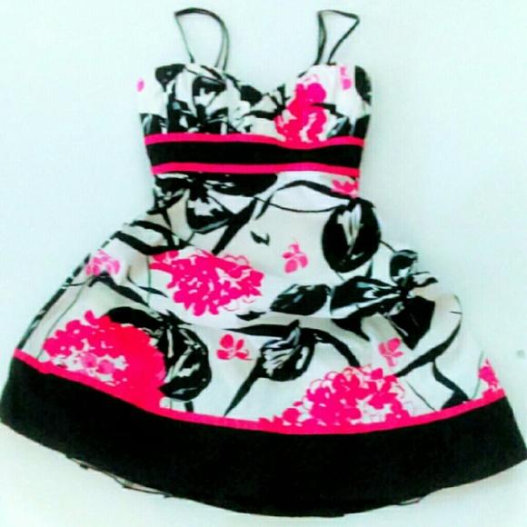 Speechless Dresses & Skirts - ⬇Sweetheart Neck Sundress NWOT