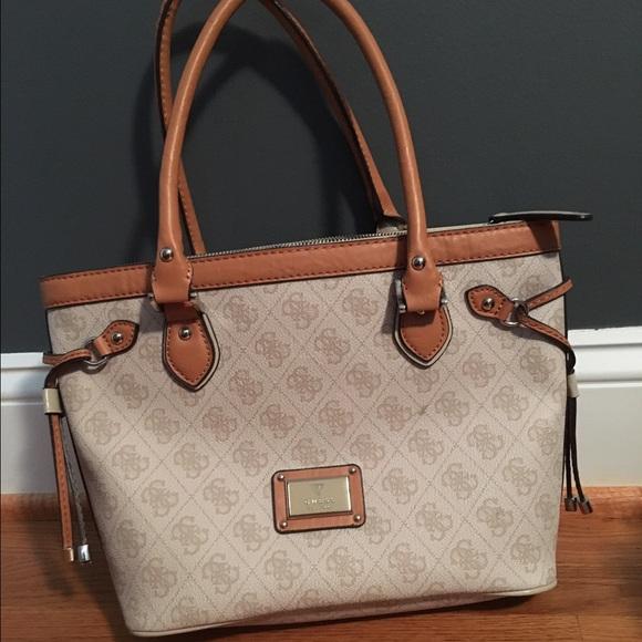 55c7534e294 Macy s Bags   Guess Handbag   Poshmark