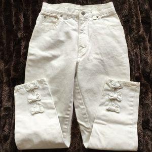 Jordache Denim - 🎉HP🎉Vintage HIGH RISE Bow Jeans