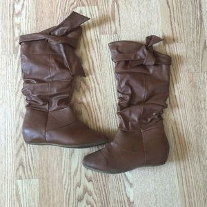 Brown Boots Women's Size 6.5
