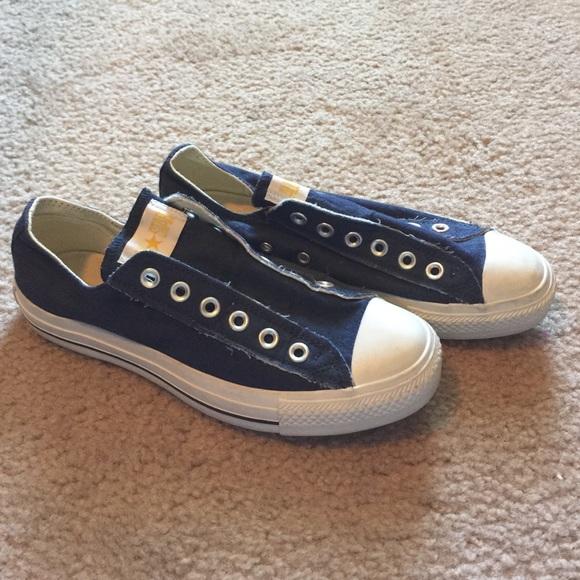 0863fcf84c91 Converse Shoes - Converse navy laceless shoes