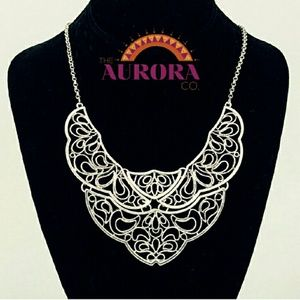 THE AURORA CO. antiqued silver-tone necklace