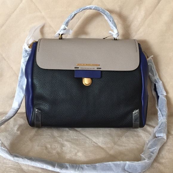 a78468b0c51f Marc by Marc Jacobs sheltered island satchel