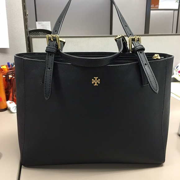48cf1b542603 Tory Burch  Small York  Leather Buckle Tote. M 56faebb6c6c795e05300c0cf