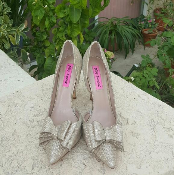 Betsey Johnson Prince d'Orsay Evening Pumps Women's Shoes zEaMUKPDx