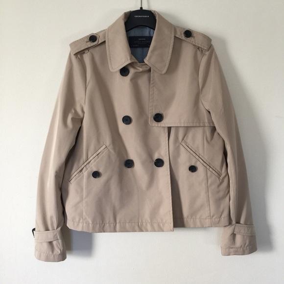 44275cb3 Zara Jackets & Coats   Short Trench Coat   Poshmark