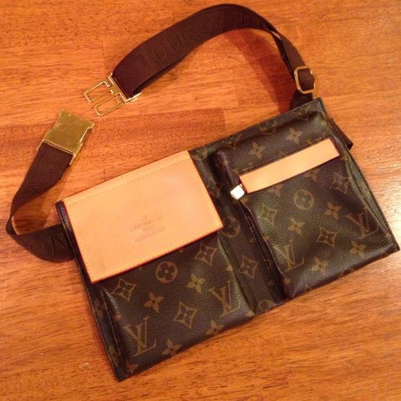f97d3f0fef93 Louis Vuitton Handbags - LV travel pouch belly bag
