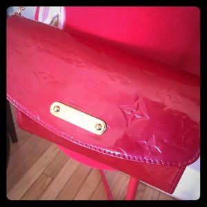 Auth Louis Vuitton Red Vernis Rodeo Bag