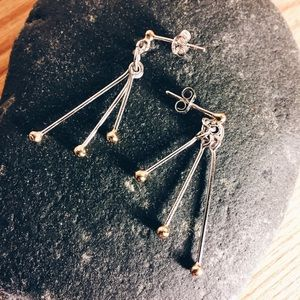 Minimalistic gold and silver toned earrings