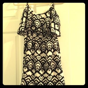 Dresses & Skirts - Indulge black and white tank dress