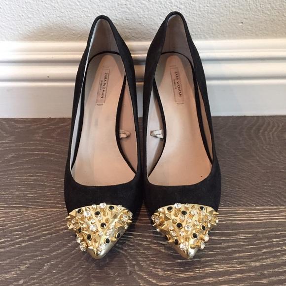 a42ba478f7d8 Zara SS13 Black Heels with Gold Embellished Toe. M 56fb47dd291a353d520194bd