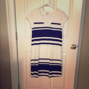 Black & white GAP t shirt dress