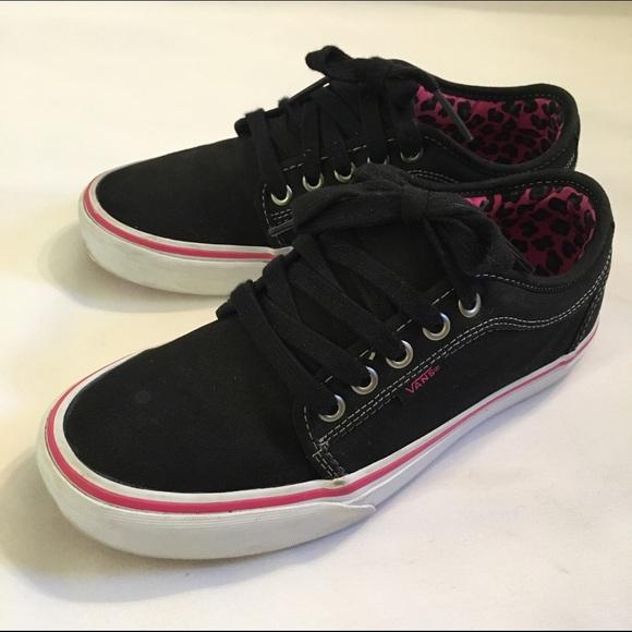 5e37e1e9baf0 VANS Chukka Low Shoes Leopard Black Pink. M 56fbf2e0680278dae503ba50