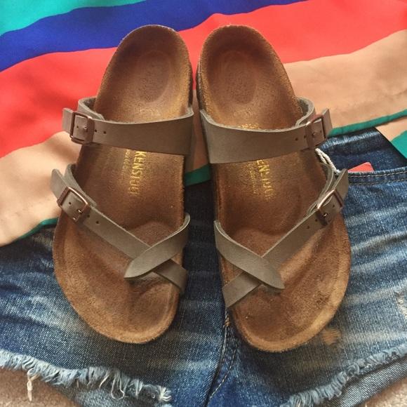 b8a5ddf61479 Birkenstock Shoes - Birkenstock Mayari Birkibuc sandal in stone