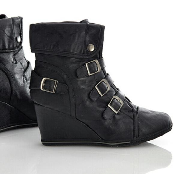5dd7c011e6d Bucco Shoes - Bucco Black Wedge Sneakers Faux Leather
