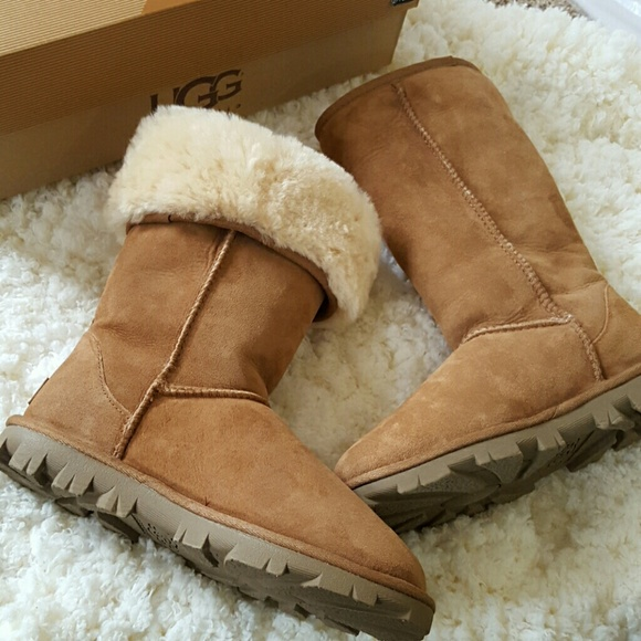 Ugg Essential classic Tall Boots, chestnut