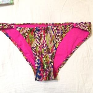 NWT tropical cheeky bikini bottom