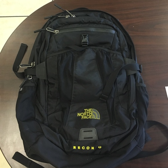 859144367 The North Face Recon backpack