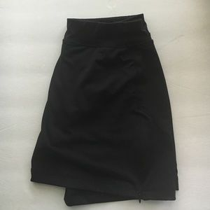 Active wear skirt