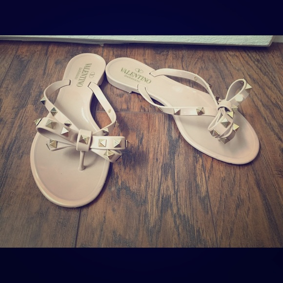Valentino Rockstud Jelly Thong Sandals LpVtwVy4