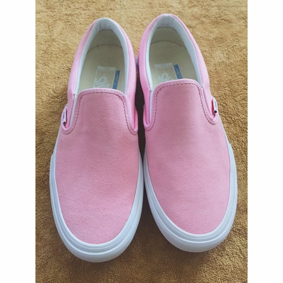 84c05f14b57a53 Vans pink suede ultra Cush pro model slip on. M 56fc514f5a49d0d91f00cd6a