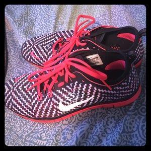Women's Nike 5.0 size 9