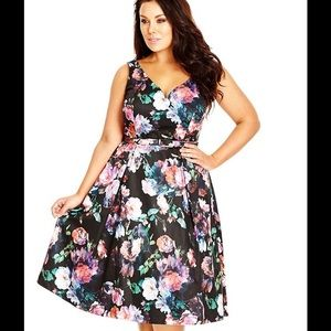 city chic Dresses & Skirts - 🎀HP🎀City Chic Floral Dress ORIG $149