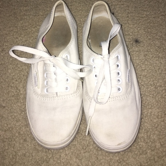 3562a1f301 Used slim white vans. M 56fc716078b31c72de010786
