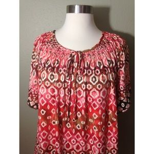 new directions Tops - MAKE OFFER! Coral Print Top XL SOFT