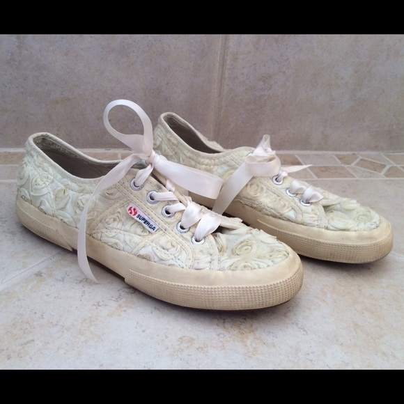 how to clean white superga shoes