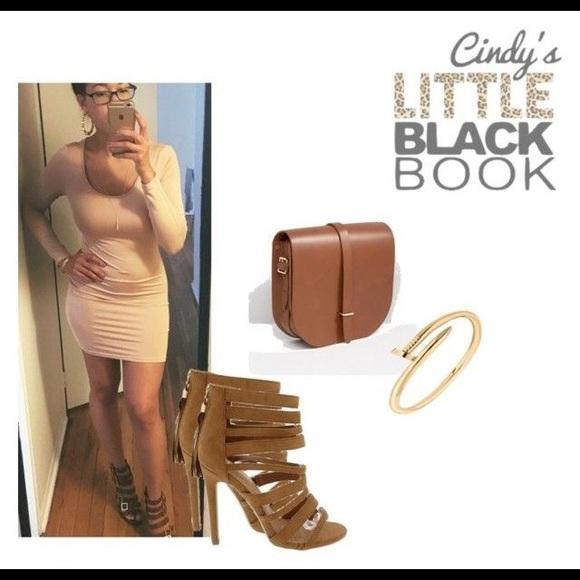 CindyLBB Dresses - 😳 Nude Bodycon Dress 😳