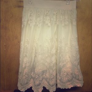 Cream colored, lace, spring skirt!